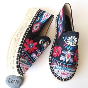 Johnny Was Nepentha Embroidered Espadrille NWOB